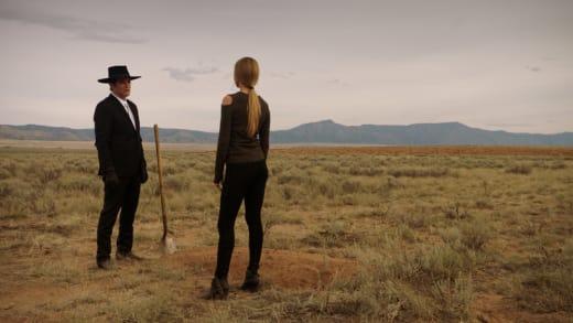 Burying Bodies - Midnight, Texas Season 1 Episode 2
