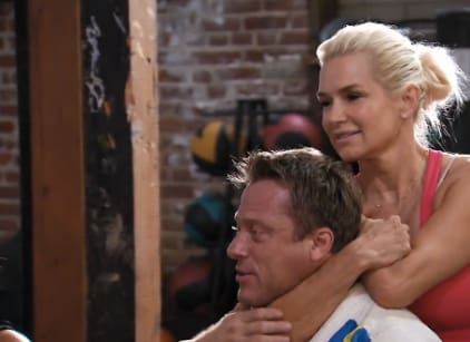 Watch The Real Housewives of Beverly Hills Season 4 Episode 12 Online