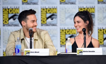 Thirtysomething Sequel: Odette Annable Reunites With Supergirl Co-Star Chris Wood