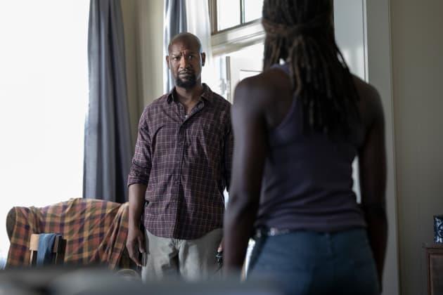 Breaking Bad News - The Walking Dead Season 9 Episode 5