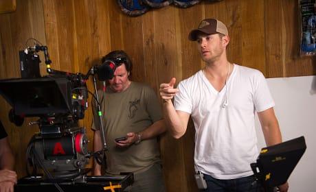 """Ackles Directs """"Soul Survivor"""" - Supernatural Season 10 Episode 3"""