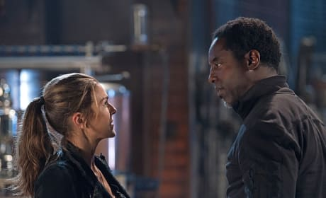 Abby and Jaha Face Off - The 100 Season 3 Episode 6