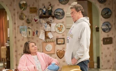 Dan Puts His Foot Down - Roseanne Season 10 Episode 8