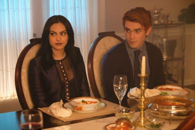 Meet The Boyfriend - Riverdale Season 2 Episode 3