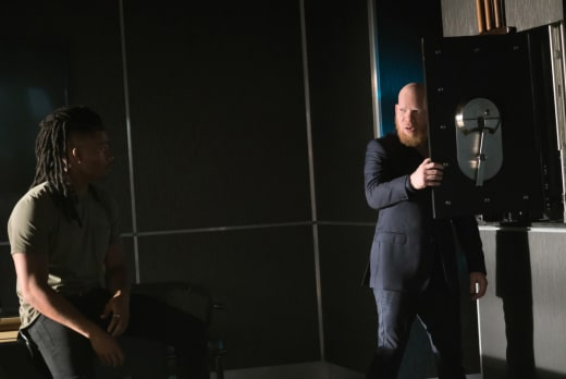 The Safe - Black Lightning Season 2 Episode 3