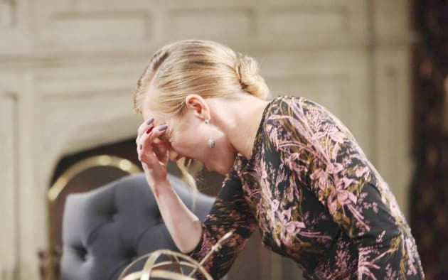 Abigail's Headaches - Days of Our Lives