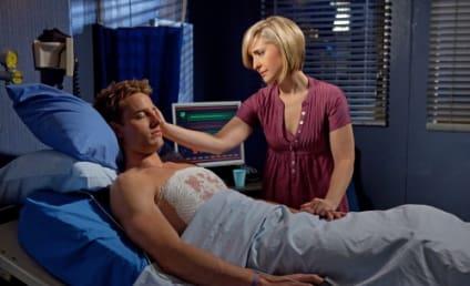 Smallville Spoilers for Season 10: Goodbye, Chloe; Hello, Super Suit!