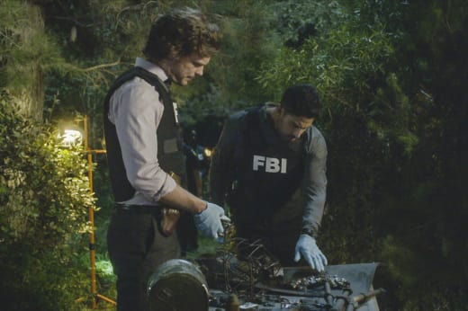 Sifting Through Evidence - Criminal Minds Season 13 Episode 3