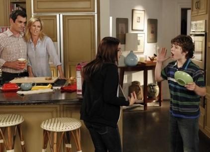 Watch Modern Family Season 5 Episode 9 Online