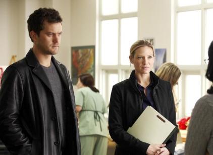 Watch Fringe Season 2 Episode 10 Online