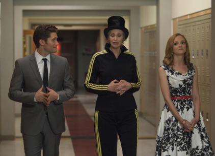 Watch Glee Season 3 Episode 21 Online