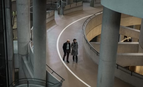At the Mall - Counterpart Season 1 Episode 5