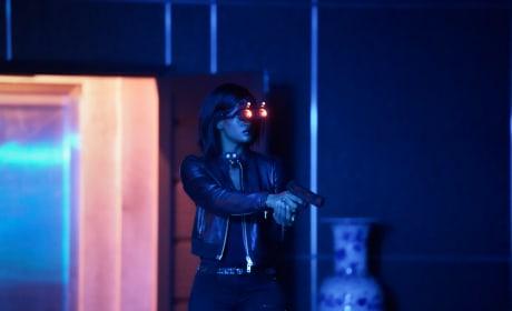 Night Vision - Black Lightning Season 2 Episode 1