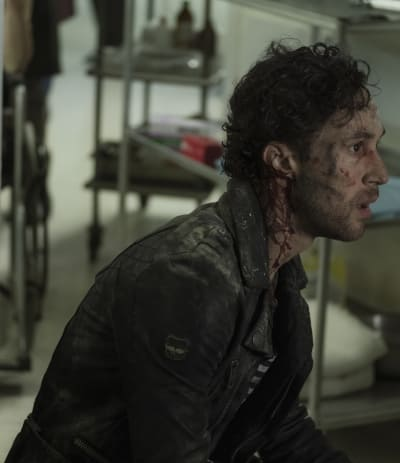 Alex in Pain - Deutschland86 Season 2 Episode 6