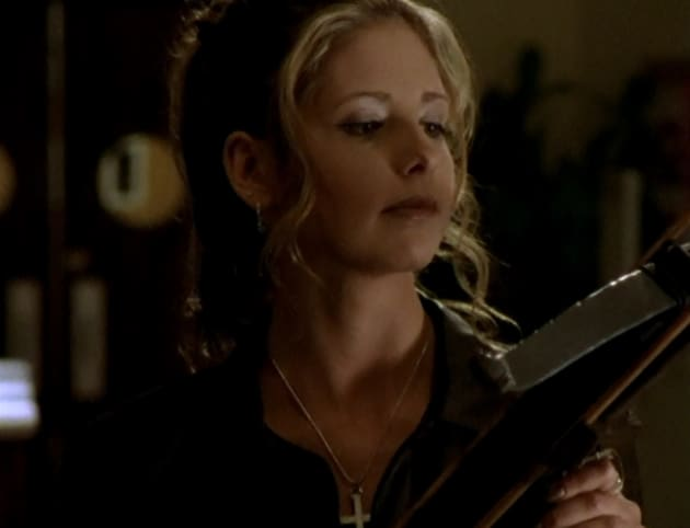 Lone Weapon - Buffy the Vampire Slayer
