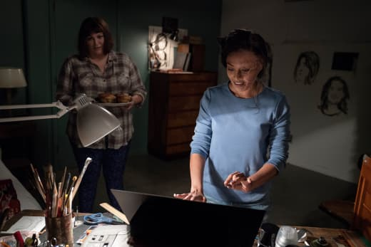Plum And Sana - Dietland Season 1 Episode 7