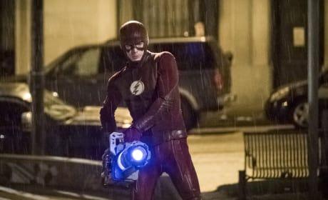 Cold Flash - The Flash Season 3 Episode 22