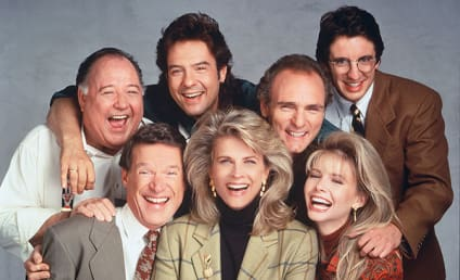 Murphy Brown Revival First Look: The Cast Reunites!