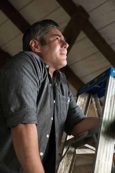 The Handyman - The Fosters Season 5 Episode 4
