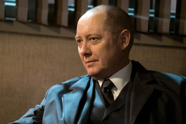 Red relaxes - The Blacklist Season 4 Episode 17