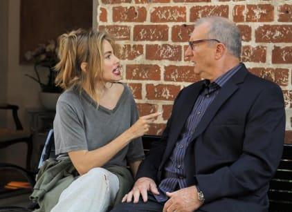 Watch Modern Family Season 6 Episode 1 Online