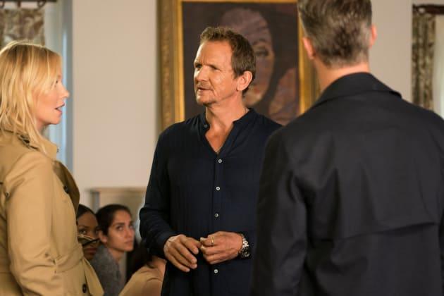 Questioning a Cult Leader - Law & Order: SVU Season 20 Episode 5