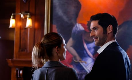 Angel wings - Lucifer Season 1 Episode 12