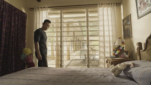 Chin's niece is missing. - Hawaii Five-0 Season 7 Episode 11