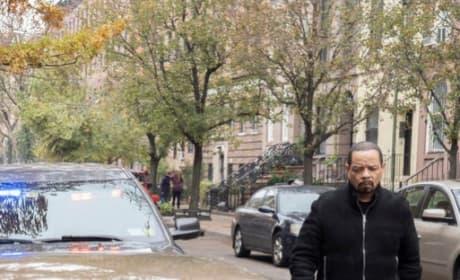 Walking Down a City Street - Law & Order: SVU Season 20 Episode 12