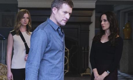 David Walks Away - Revenge Season 4 Episode 11