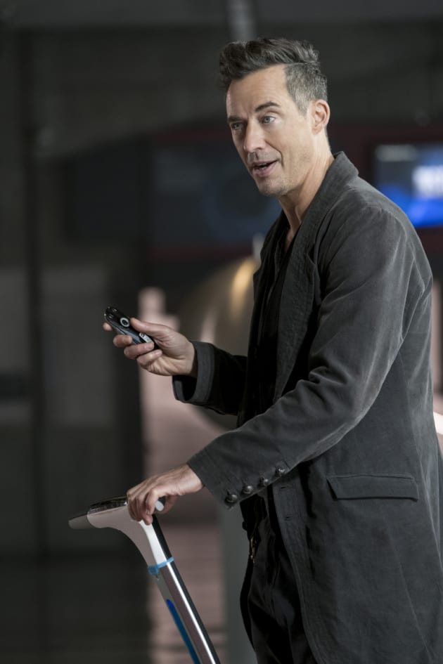 HR's Demonstration  - The Flash Season 3 Episode 10