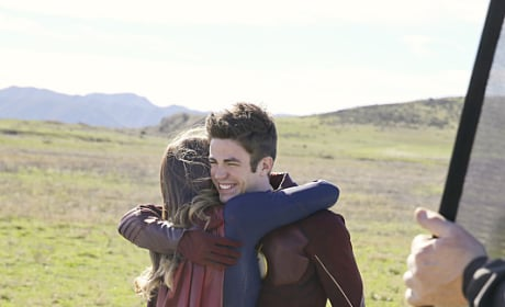 Barry Goes Home - Supergirl Season 1 Episode 18