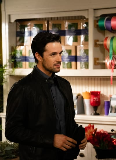 Donovan at the Shop - Good Witch Season 5 Episode 6