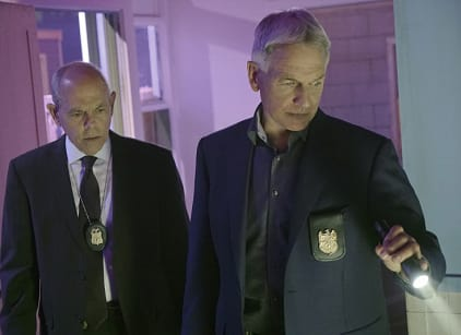 Watch NCIS Season 13 Episode 21 Online
