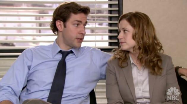 """Season 6, episode 1: """"Gossip"""""""
