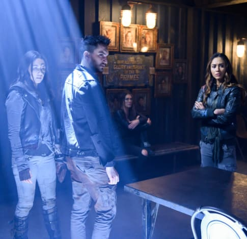Emori and Murphy and Raven - The 100 Season 6 Episode 10