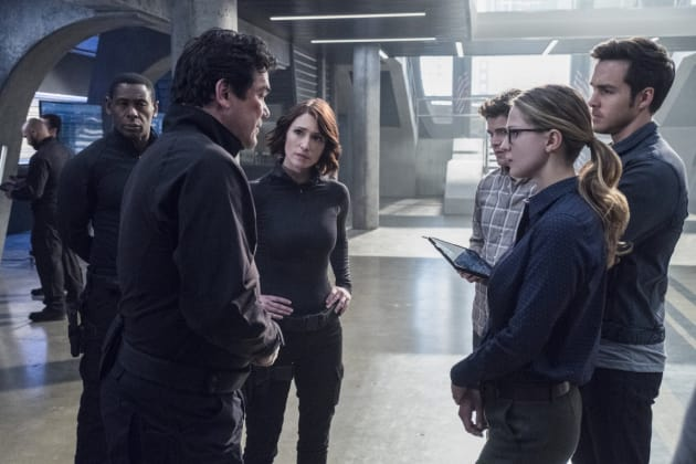 Strategy Session - Supergirl Season 2 Episode 14