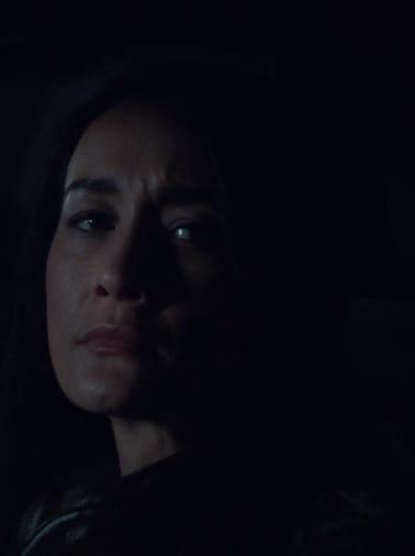 Hannah Stakes Out  - Designated Survivor Season 3 Episode 5