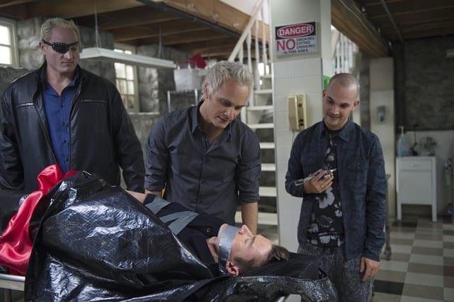 Blaine Bags a Major - iZombie Season 2 Episode 13