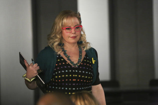 Garcia helps out - Criminal Minds Season 12 Episode 9
