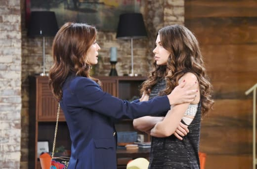 Ciara Opens Up to Hope - Days of Our Lives