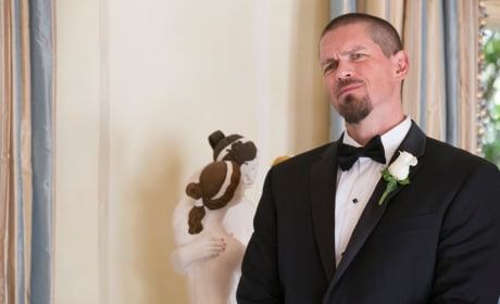 A Marriage for the Ages? - Shameless Season 8 Episode 12