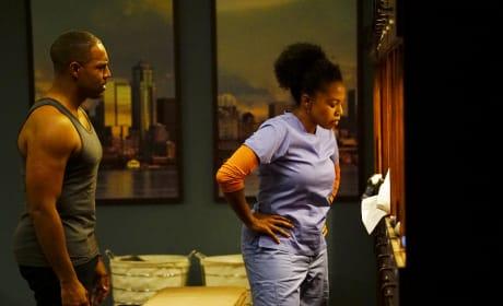 Decisions, Decisions... - Grey's Anatomy Season 13 Episode 22