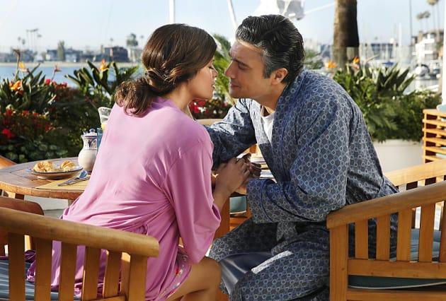 Kiss To Come Jane The Virgin Season 1 Episode 17 Tv Fanatic