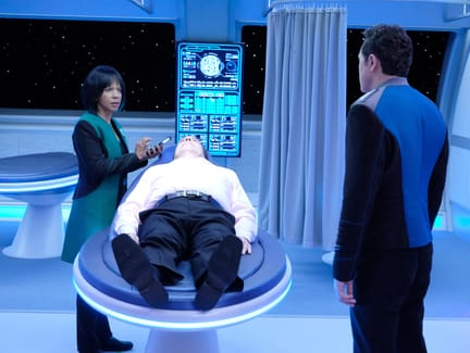 Lewis Gets a CheckUp - The Orville Season 1 Episode 7