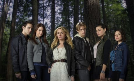 The Secret Circle Cast Pic