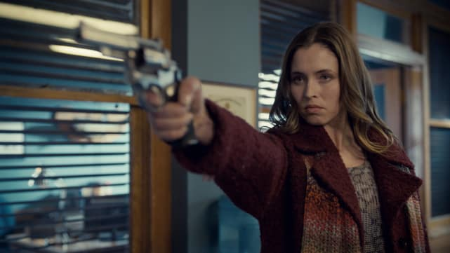 Willa tries to free the revenants - Wynonna Earp