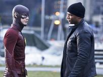 The Flash Season 2 Episode 15