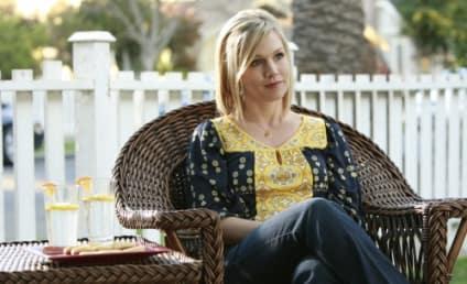 """90210 Photos, Clips from """"Okaeri, Donna!"""""""