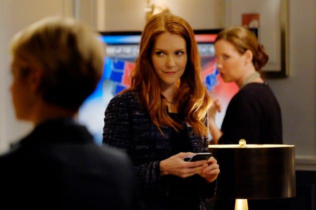 Abby ALWAYS Wins - Scandal Season 6 Episode 1